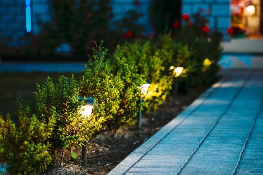 sicherheit-im-garten-beleuchtung-wohnumfeldverbesserung-bartos-galabau