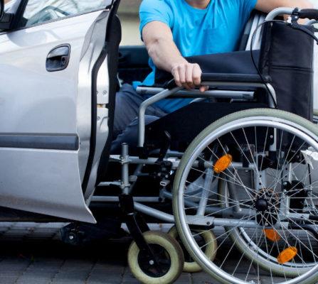 Barrierefreie Zuwegung - Rollstuhlfahrer
